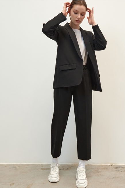 Mohito -  Blazer With Crinkled Sleeves - Black