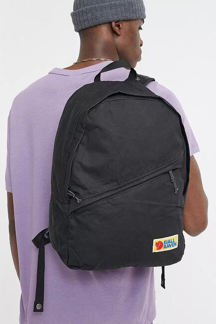 Urban Outfitters - Black Fjallraven Vardag Black 25L Backpack