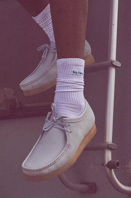 Urban Outfitters - Assorted Iets Frans' White And Teal Crew Socks