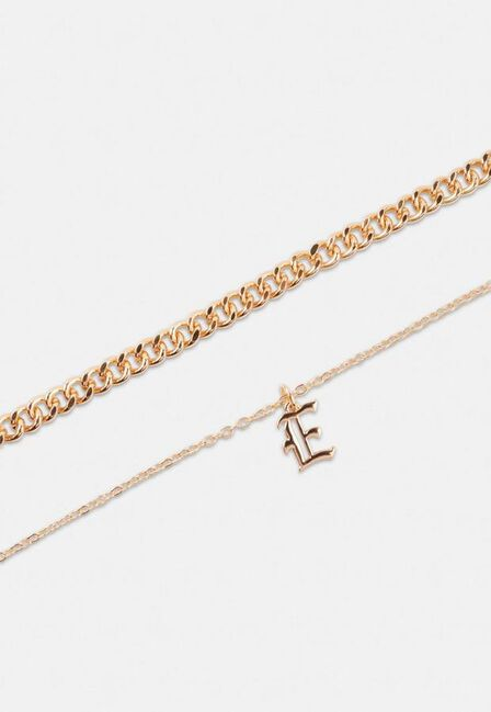 Missguided - Gold Gold Look Gothic Initial Pendant E Necklace