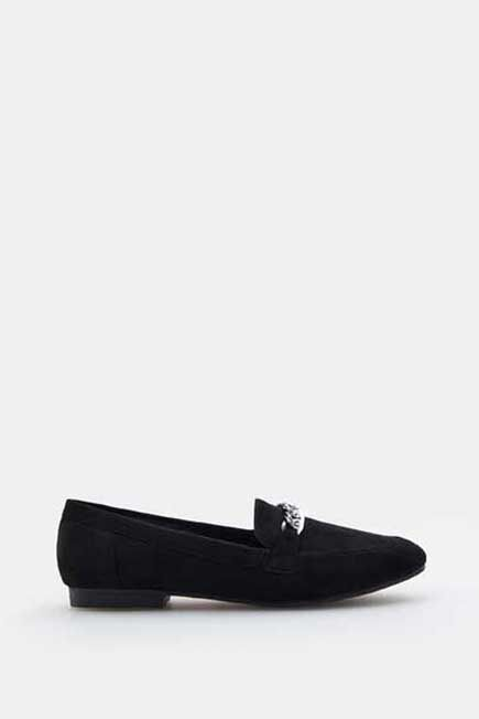 Mohito -  Loafers With Chain - Black