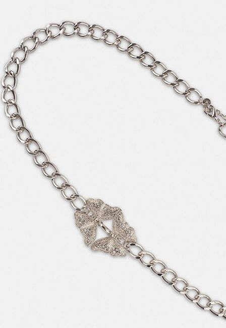 Missguided - Silver Look Pave Butterfly Chain Belt