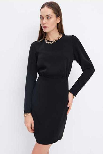 Mohito -  Fitted Dress With Zip - Black