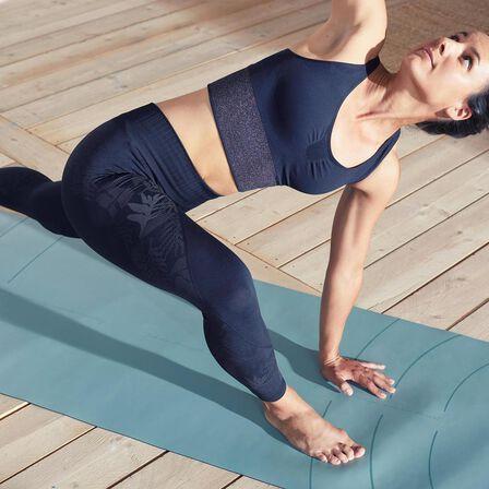 DOMYOS - Extra Large  Seamless Long Dynamic Yoga Sports Bra, Black