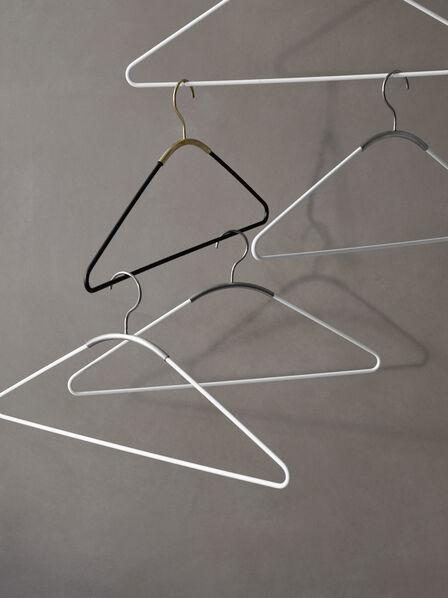 Menu - Ava Hanger, White