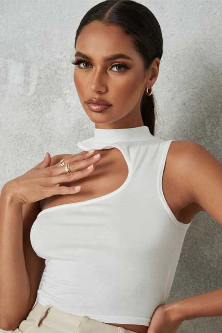 Missguided - White Grown On Neck Cut Out Asymmetric Top