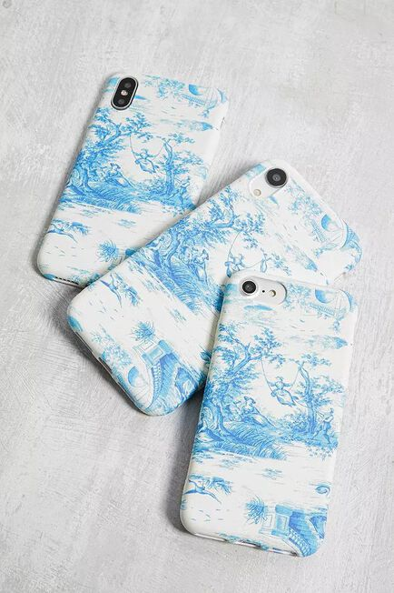 Urban Outfitters - Blue Toile De Jouy IPhone 6/6S/7/8 Case