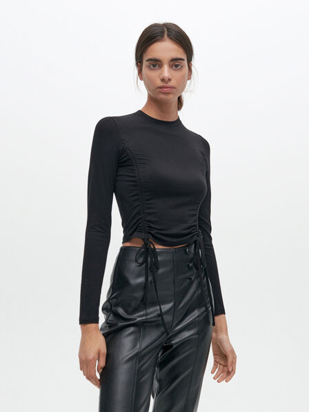 Reserved - Cropped top with decorative trims - Black