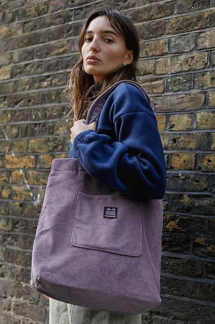 Urban Outfitters - D PP UO Corduroy Pocket Tote Bag