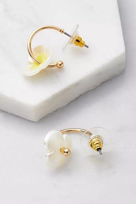 Urban Outfitters - Gold Open Silhouette Daisy Hoop Earrings, Women