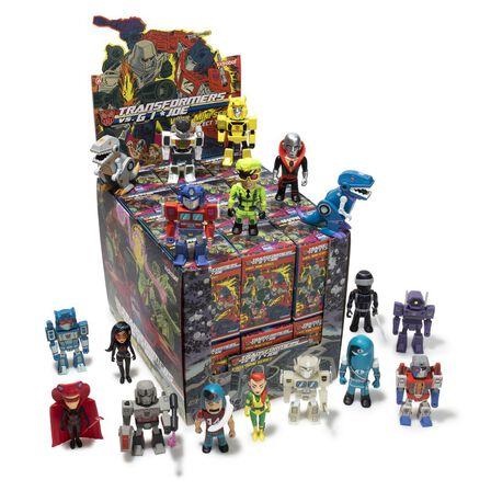 KIDROBOT - Kidrobot Transformers vs. G.I. Joe Mini Figures Series Blind Box [Includes 1]