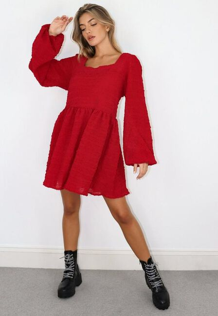 Missguided - Burgundy Shirred Textured Smock Dress