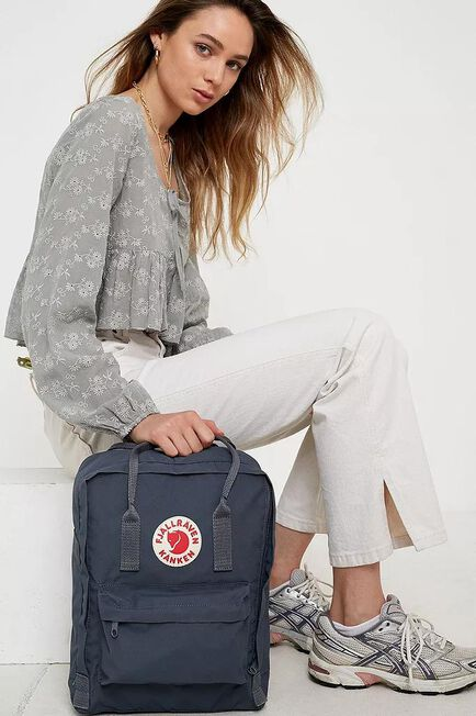 Urban Outfitters - Dark Grey Fjallraven Kanken Classic Graphite Backpack