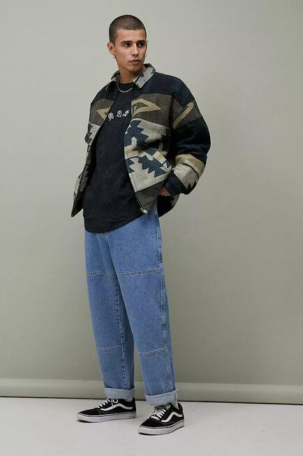 Urban Outfitters - Blue BDG Mid-Wash Louis Skate Jeans
