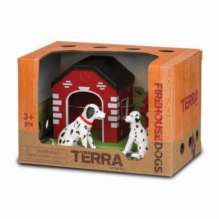 TERRA - Terra Dogs In House & Hydrant