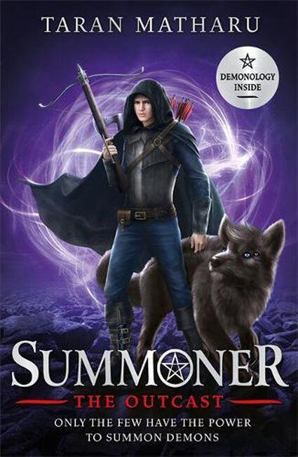 HODDER CHILDRENS BOOKS UK - Summoner The Outcast Book 4