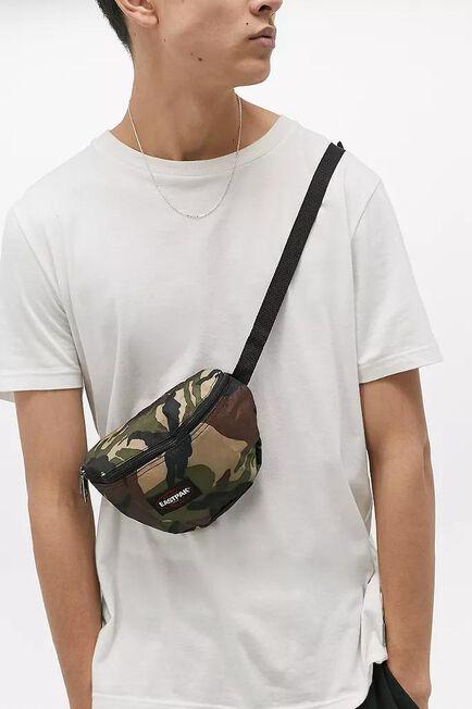 Urban Outfitters - Moss Eastpak'springer Instant Camo Bum Bag
